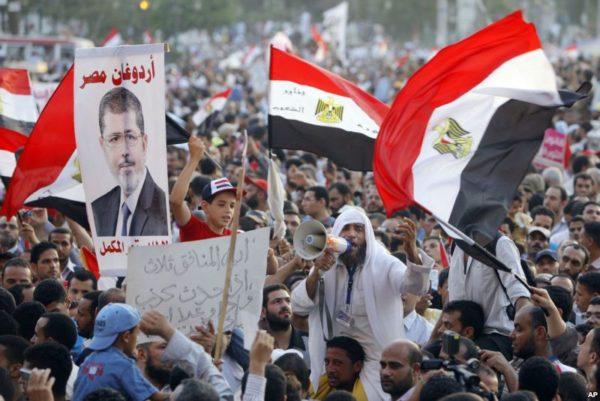Tahrir-morsi