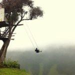 দেখে নিন Ecuador এ অবস্থিত ৮৫৩০ ফুট উঁচু দোলনা (ছবি ও ভিডিও)  6