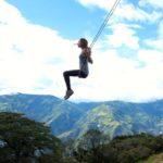 দেখে নিন Ecuador এ অবস্থিত ৮৫৩০ ফুট উঁচু দোলনা (ছবি ও ভিডিও)  3