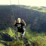 দেখে নিন Ecuador এ অবস্থিত ৮৫৩০ ফুট উঁচু দোলনা (ছবি ও ভিডিও)  5