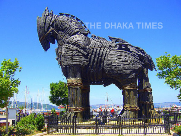 City Wooden Horse of Troy-3