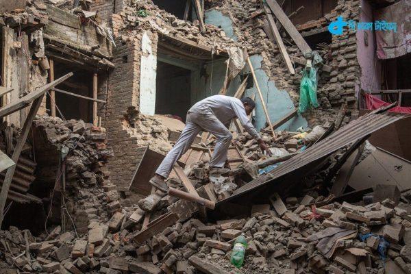 Earthquake violence in Nepal