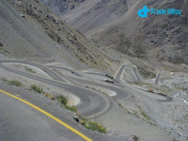 beautiful and wonderful Road-9