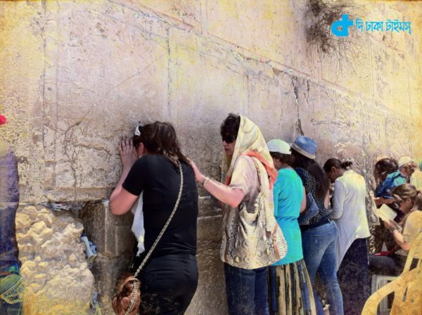 The-wailing-wall-in-Jerusalem-