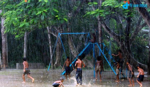 Heavy rain can not stop the children