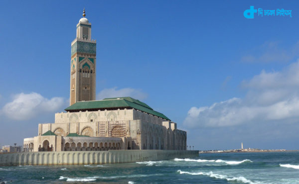 A hanging mosque at bottom of sea