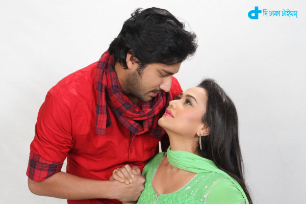 Irene and Asif acted Ek prethibi Prem