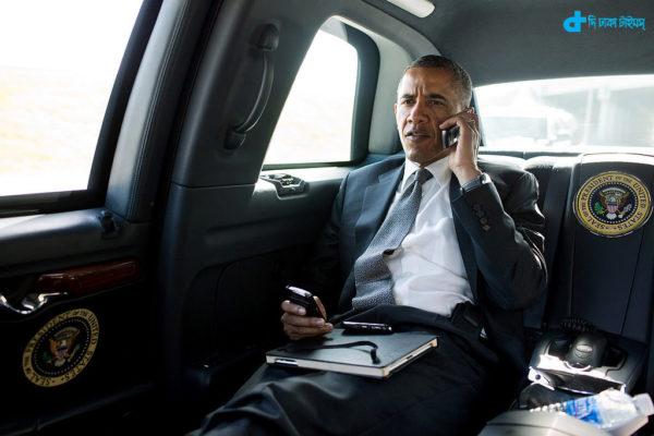 Barack Obama & iPhone