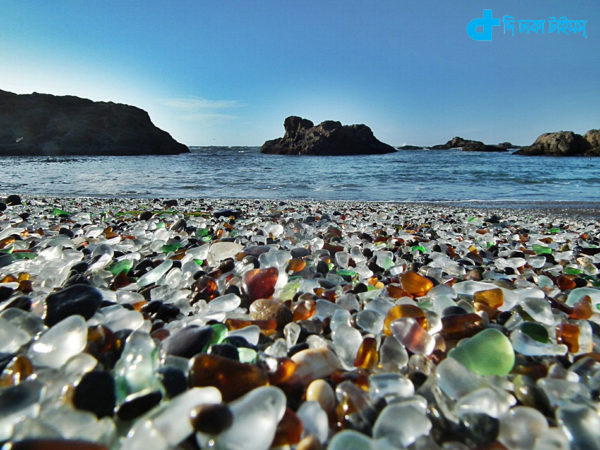 Glass Beach is a beautiful story