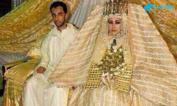 dress 220 crore