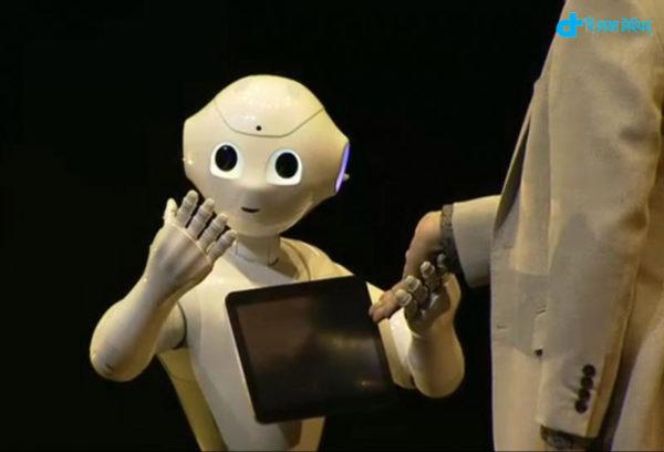 robot will speak to heart