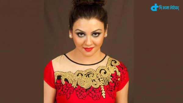 Jaya's new movie red Hen crest