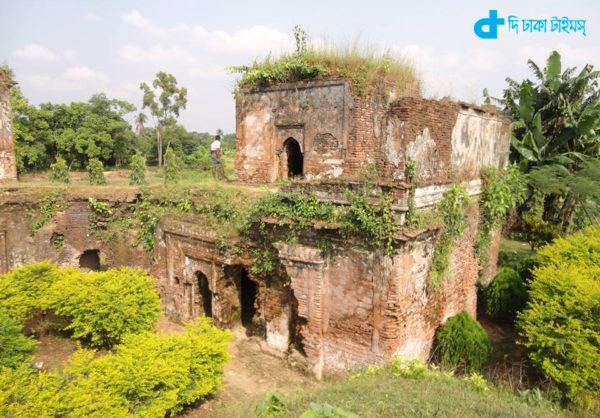 Lokma Rajbari-01