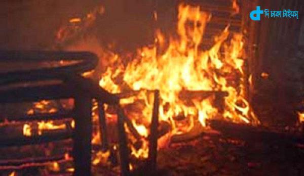 Khilgaon plastics factory fire