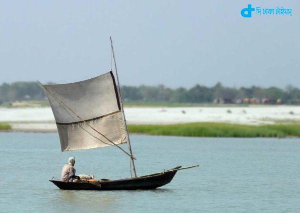 Sailboat riverine Bangladesh