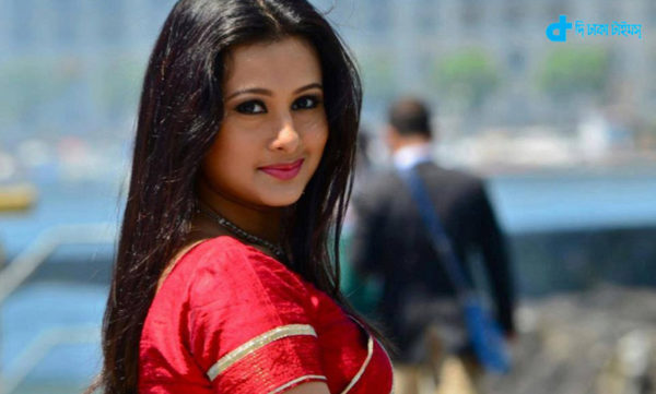 heroine Purnima & Drama
