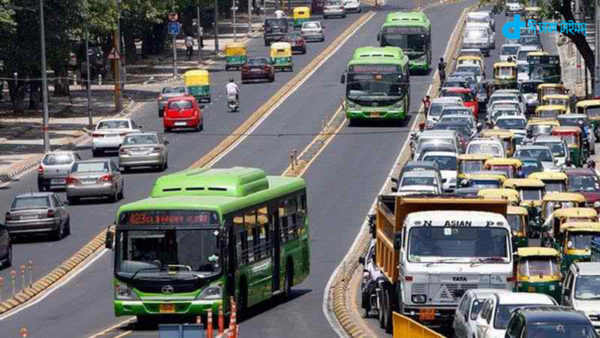 New Delhi, diesel taxi banned street