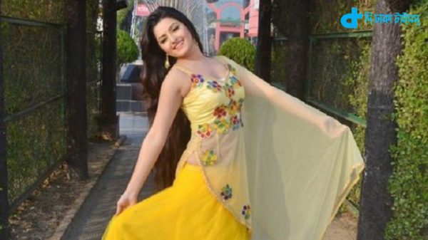 actress pari mani & New Film Pashan-01