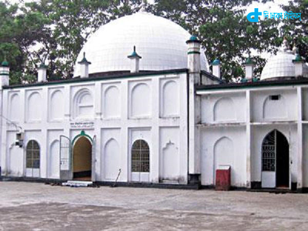 finding historic mosque in Moulvibazar