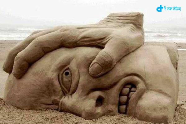 Unprecedented world-famous sand sculpture