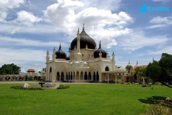 Zahir Mosque Malaysia-01