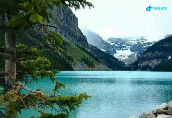 lake-louise-alberta-canada