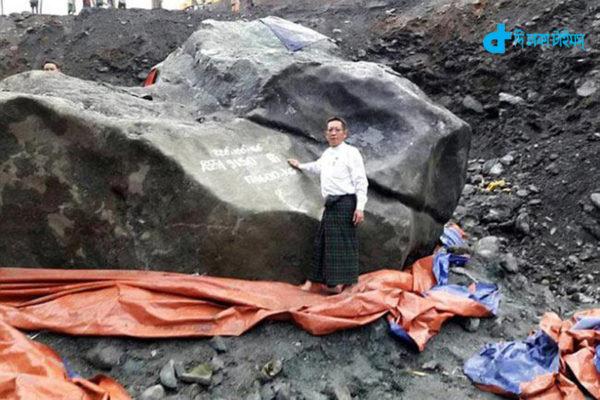 myanmar-gem-miners