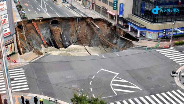 japan-highway-destroyed