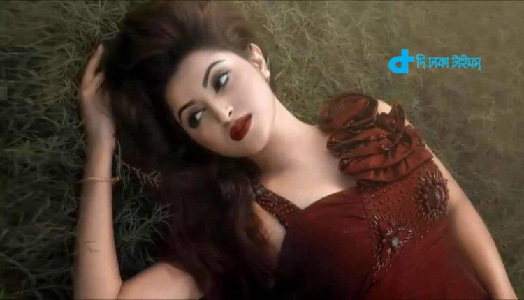 পরীমনির নতুন ছবি 'ভালোবাসা গুনাহ হ্যায়' 1