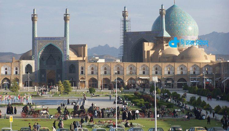 মুসলিম স্থাপত্য শিল্পের অন্যতম ইরানের ইস্পাহানের জামে মসজিদ 1