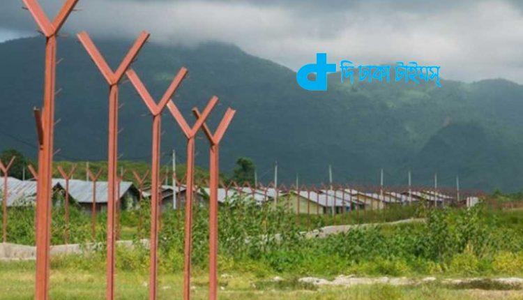 রোহিঙ্গাদের গ্রাম ধ্বংস করে মিয়ানমারে নির্মাণ করা হচ্ছে পুলিশ ব্যারাক 1