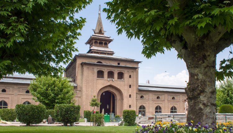 ভারত শাসিত কাশ্মীরের ঐতিহাসিক জামা মসজিদ 1