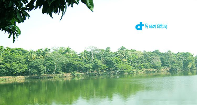 ভ্রমণ: ঘুরে আসুন লক্ষ্মীপুরের খোয়াসাগর দীঘি 1