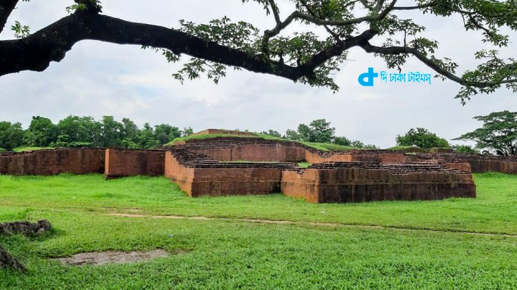 ভ্রমণ: ঘুরে আসুন কুমিল্লার রানী ময়নামতির প্রাসাদ 1