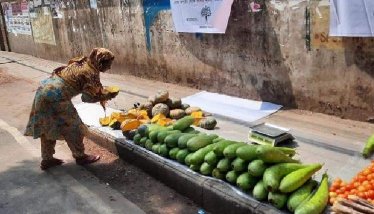 করোনায় সহযোগিতা: বিনা পয়সার বাজার 1
