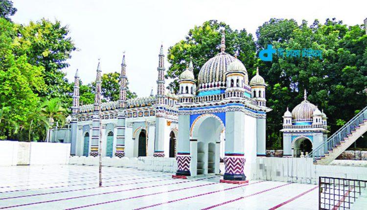 ঐতিহ্যবাহী ধনবাড়ী শাহী মসজিদ 1
