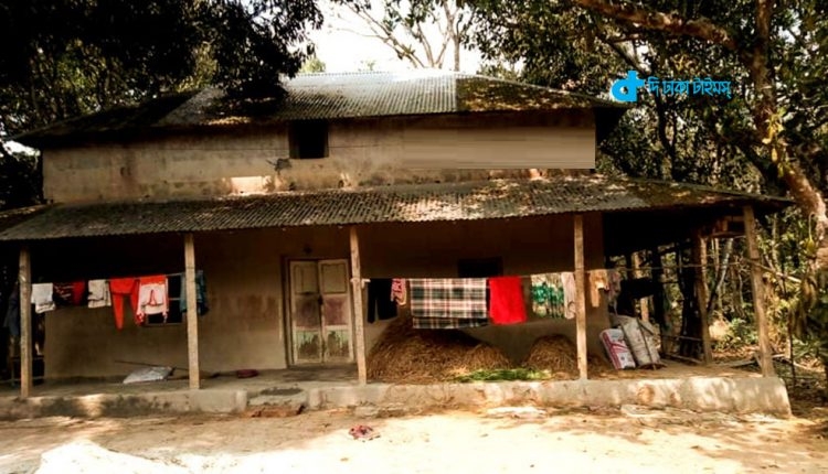 বেলাবর ইতিহাস ও ঐতিহ্যের 'তালুকদার বাড়ি' এখনও টিকে আছে মাটির ঘর নিয়ে 1