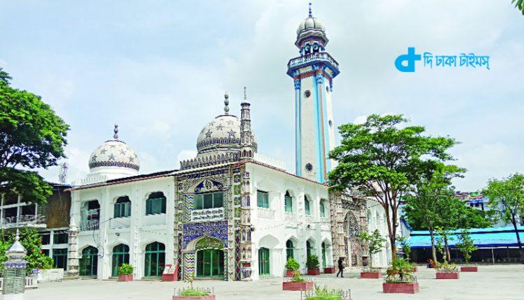 হাজীগঞ্জের ঐতিহাসিক বড় মসজিদ 1