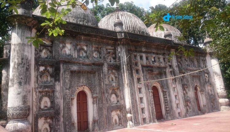 রংপুরের ঐতিহাসিক ফুলচৌকি মসজিদ 1